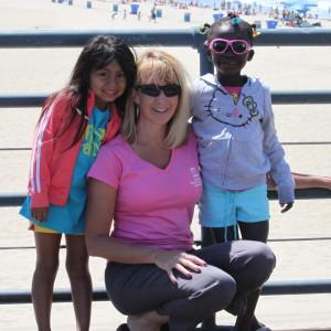 single mom girls sisters family